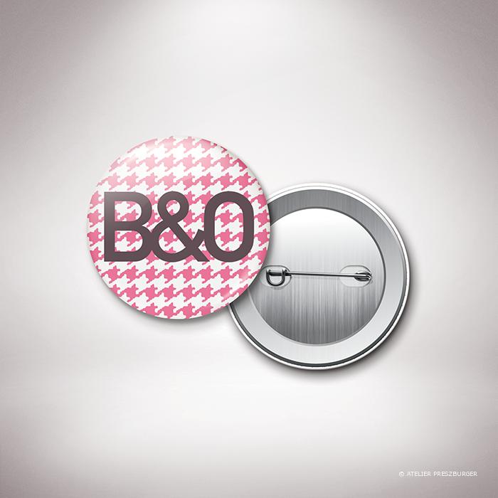 Crest – Badge de mariage dans un style contemporain, illustré d'un motif pied de poule par Julien Preszburger – Photo non contractuelle