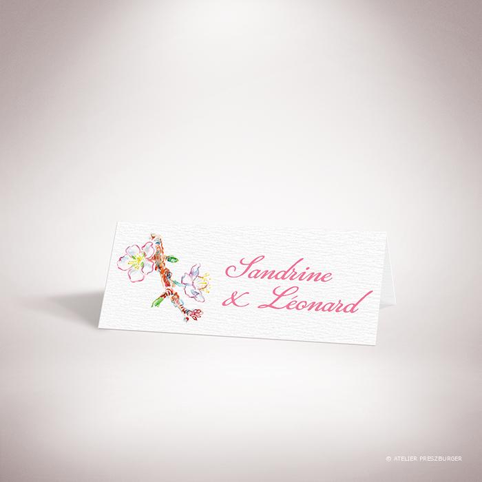 Burlat – Marque place de mariage de style bucolique, sur le thème du printemps, illustré de fleurs de cerisier et de papillons à l'aquarelle par Julien Preszburger – Photo non contractuelle
