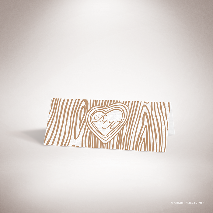 Holz – Marque place de mariage dans un style contemporain, décoré d'une écorce d'arbre et gravé d'un cœur avec un monogramme par Julien Preszburger – Photo non contractuelle