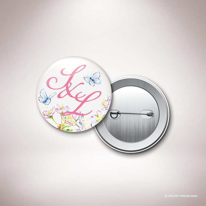 Burlat – Magnet « save the date » de mariage de style bucolique, sur le thème du printemps, illustré de fleurs de cerisier et de papillons à l'aquarelle par Julien Preszburger – Photo non contractuelle
