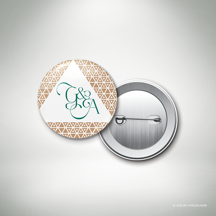 Bucy – Badge de mariage contemporain de style graphique et géométrique par Julien Preszburger – Photo non contractuelle