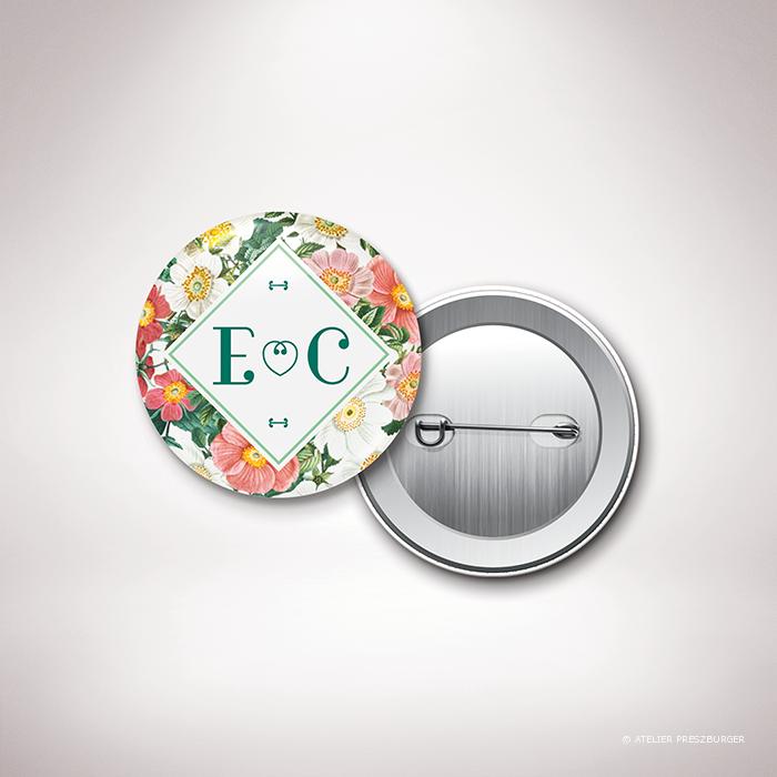 Badge de mariage de style floral, sur le thème des roses sauvages, illustré par Julien Preszburger.
