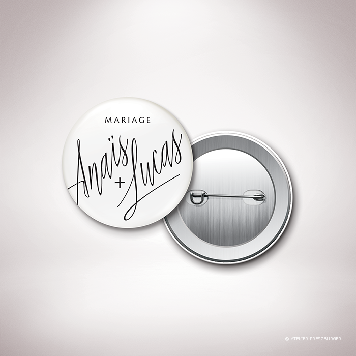 Galand – Badge de mariage de mariage contemporain de style typographique par Julien Preszburger – Photo non contractuelle