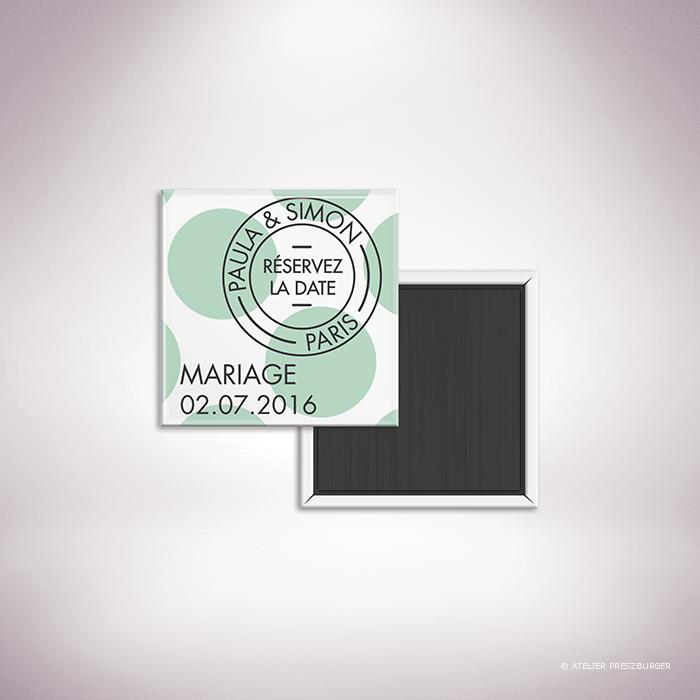 """Suller-Magnet """"save the date"""" de mariage contemporain de style rétro, décoré d'un motif à pois par Julien Preszburger-Photo non contractuelle"""